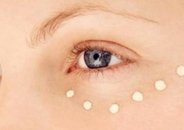 脸上长脂肪粒是什么原因