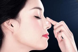 硅胶隆鼻多少钱