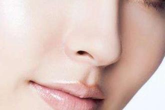 假体隆鼻的注意事项