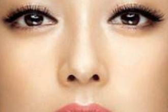 隆鼻术后第六天鼻小柱红正常吗