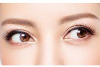 做双眼皮哪种比较自然