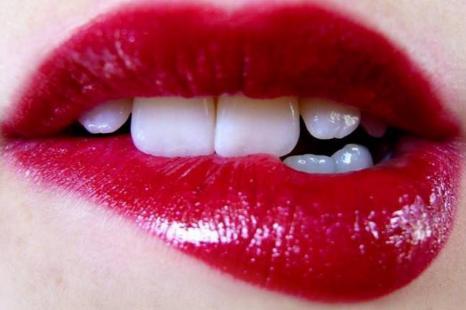 玻尿酸丰唇多久打一次