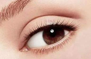 割双眼皮眼睛会变大吗